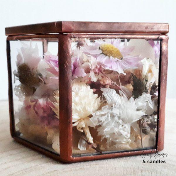 glazen ringendoosje droogbloemen